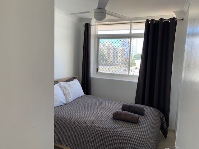 Bright second bedroom