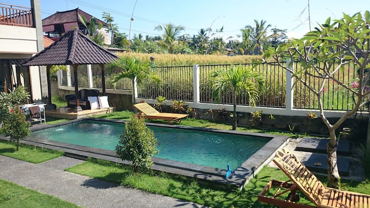 Clean 3brm Rice Valley View, Pool, Wifi