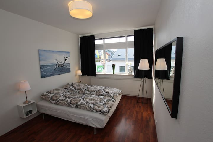 #9 Private room ! NO.1 location