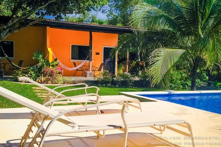 BUNGALOW Los Nancites playa Negra