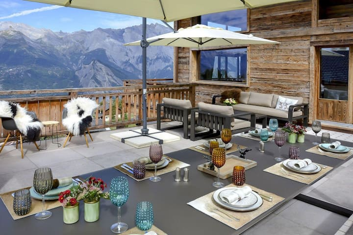 DNSL Chalet Self Catered, Sleeps 8-12