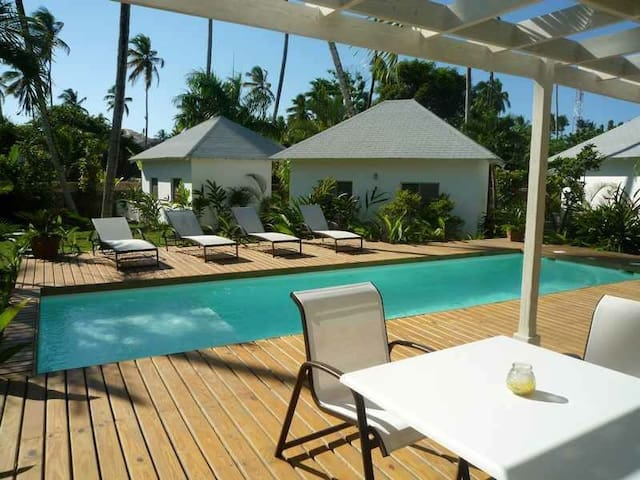 Bungalow 2 central & close to the beach - Las Terrenas - Bungalo