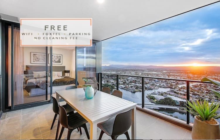 2 Bedroom Apartment at Qube Broadbeach with WiFi