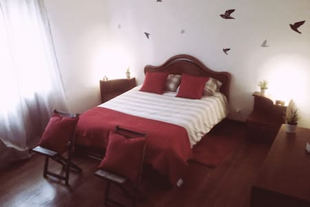 B&B-bedroom with en suite bathroom - Pratola Peligna - Appartement