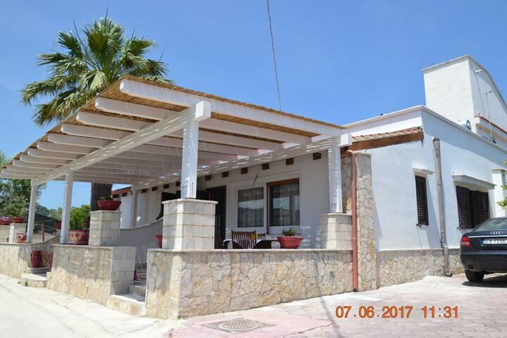 RUBINO. Appartamento vicino al mare