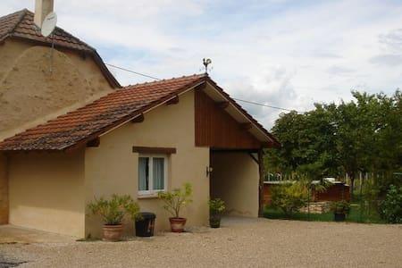 Gîte Montignac Lascaux/ Vallée de la Vézère - Condat-sur-Vézère - House
