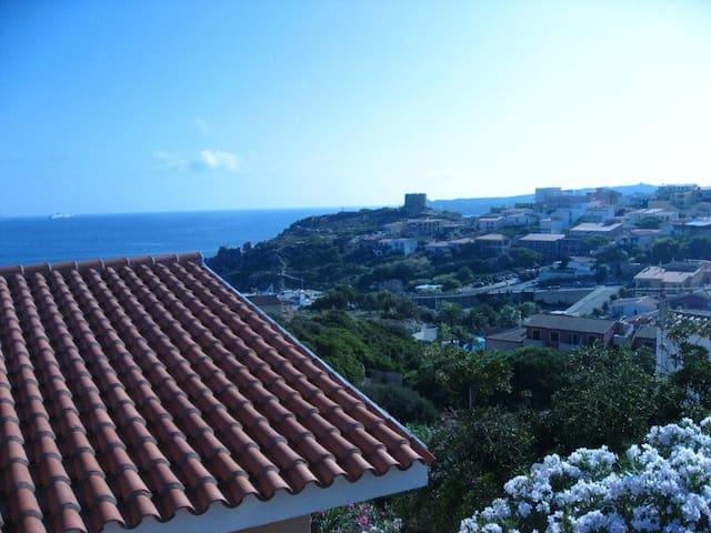 Appartamento con giardino privato - Santa Teresa Gallura - Casa