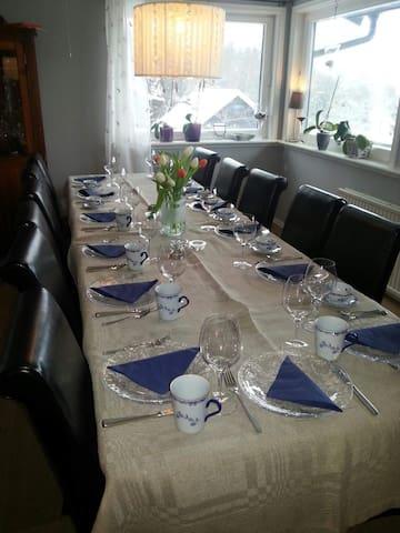 Spisestue/ Dining room.