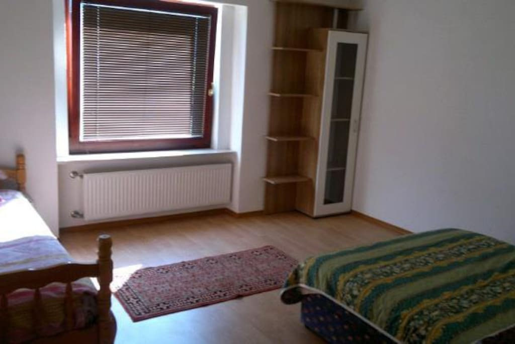 ROOMS: small room
