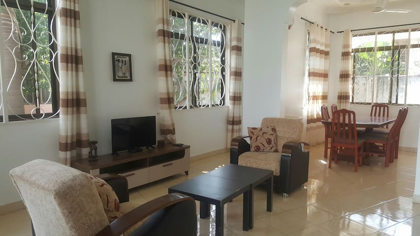 Comfortable clean safe stay in residential Tanga
