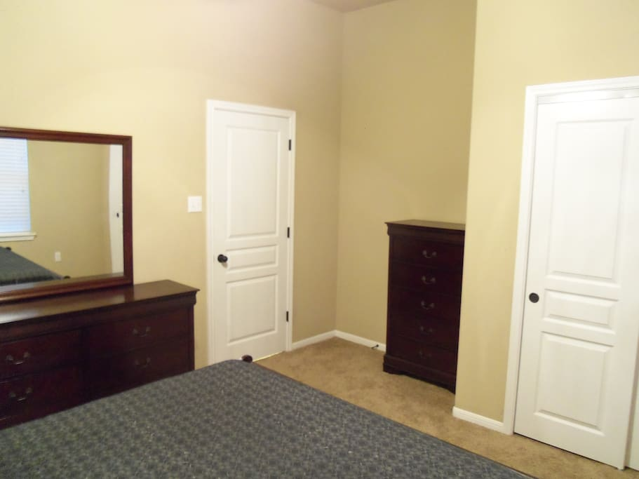 11x14ft furnished bedroom.