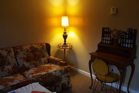 70's Retro Apartment - Dayton - Wohnung