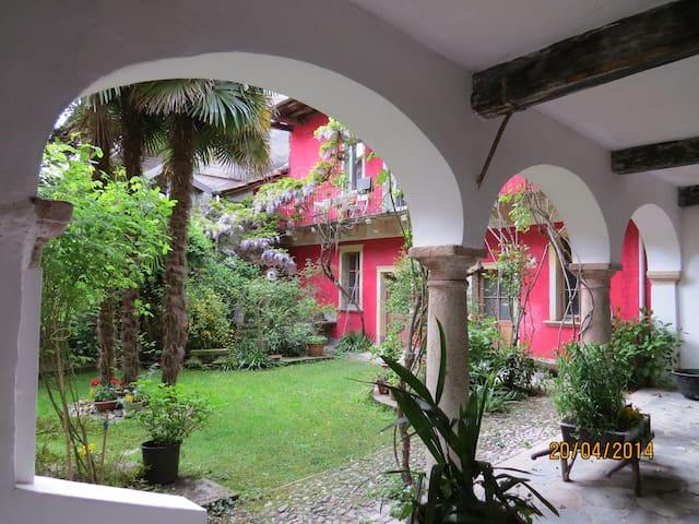 Accogliente bilocale nel verde - Miasino - Apartament
