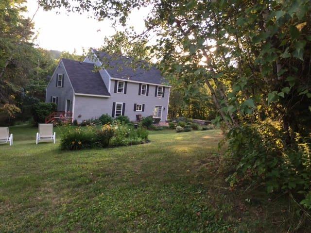 Tobyhill Farm - Spacious Home, Beautiful setting