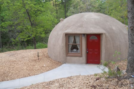 One Bedroom Dome Home in Upstate SC - Hytte