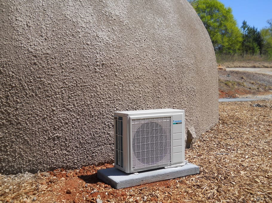 Efficient little heat pump