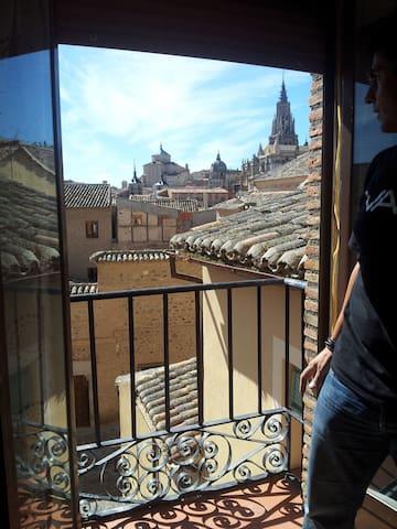NEW!-PISO JUNTO A CATEDRAL - TOLEDO - Toledo - Apartamento