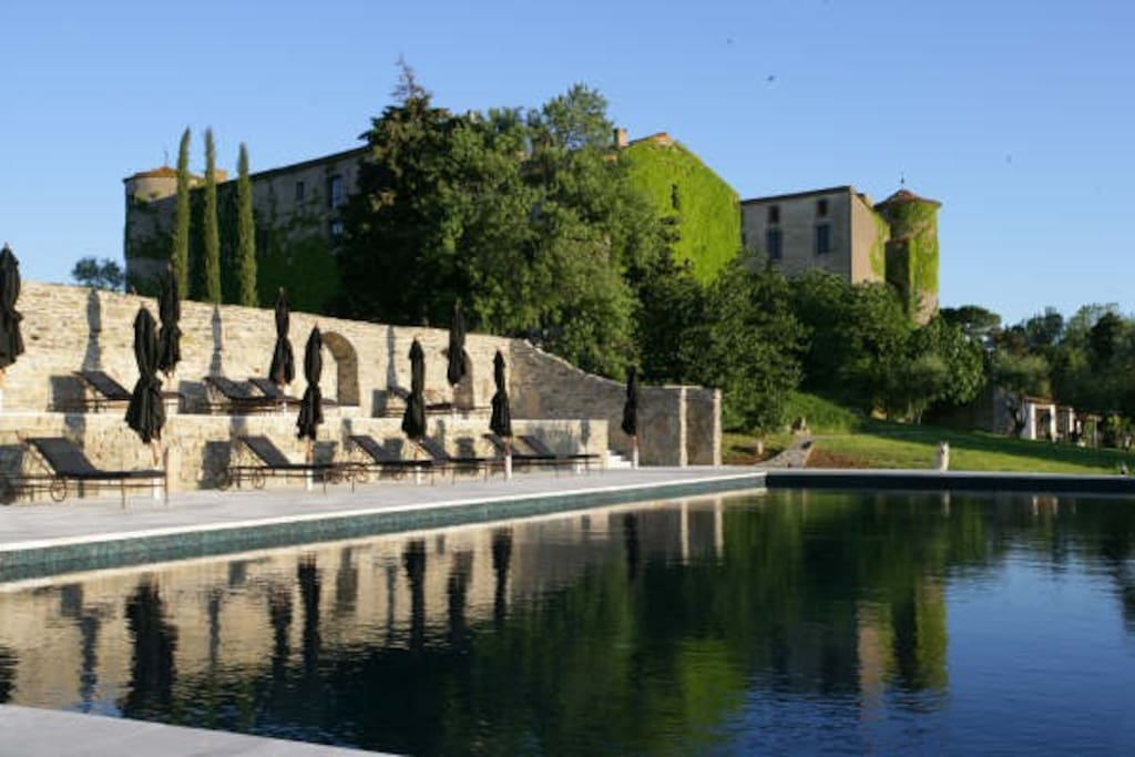 Wonderful private castle complex with fantastic pool, tennis, restaurant, vineyards