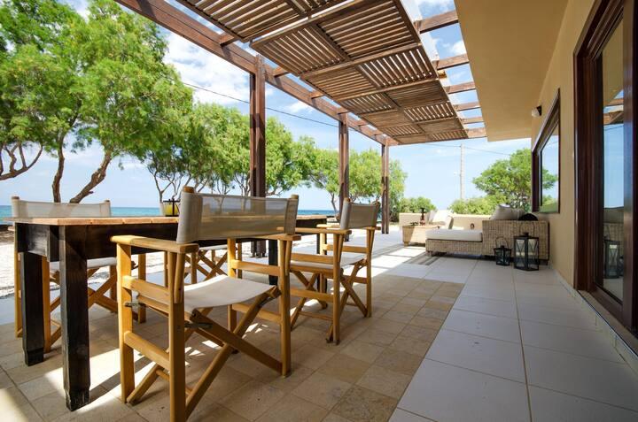 Villa Kouvohori 3bedrooms sea front