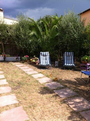 cheap matrimonial room - Tarquinia - Casa