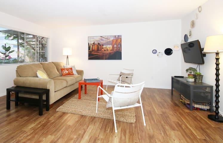 Modern Getaway in Central SD - San Diego - Apartemen