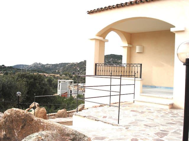 villetta+giardino - cala di volpe - Arzachena - Villa