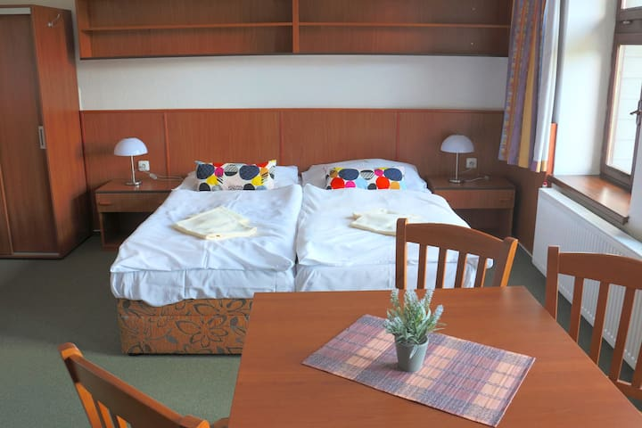 Room for 4 people in Hotel Maredis