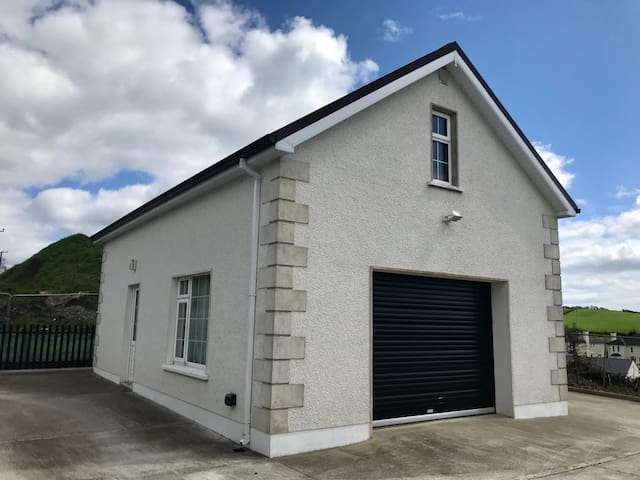 ★ Private Unique Space   5 mins to Donegal Town ★