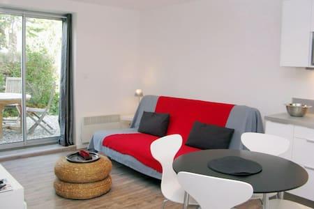 APART 5MNS CASSIS- WIFI-TV & GARDEN - Carnoux-en-Provence - Byt