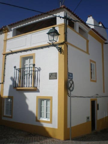 Casa Roq in centre of historic Avis - Avis - Casa