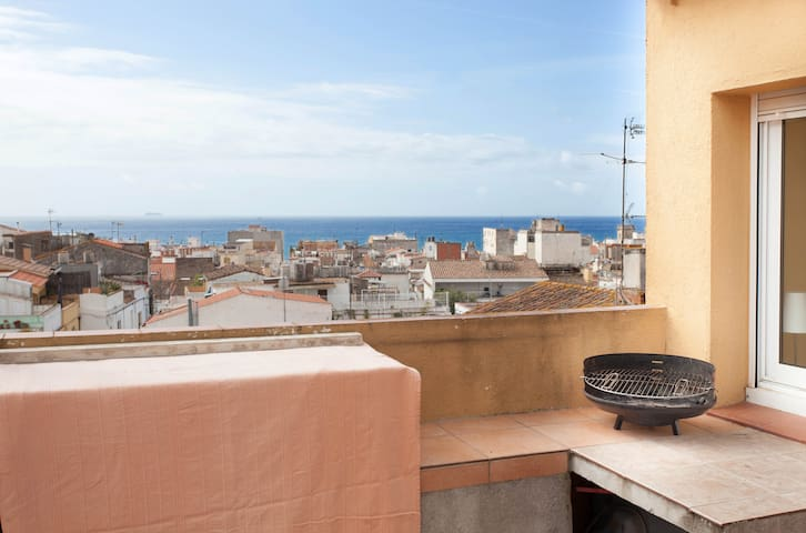 APPARTMENT CLOSE TO THE BEACH. 6pax - Canet de Mar - อพาร์ทเมนท์