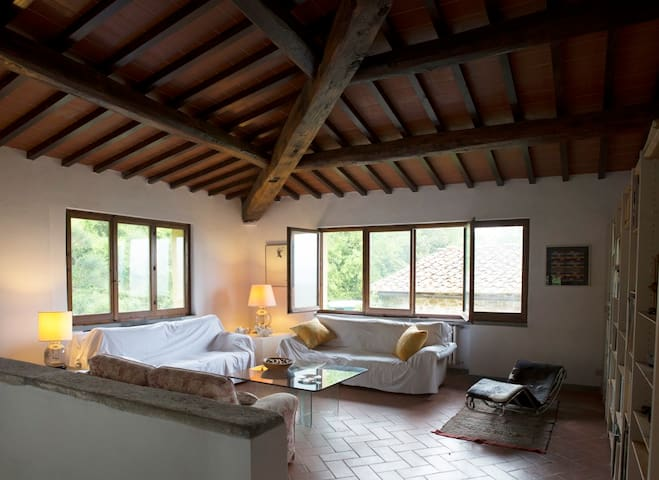 Il Sorbo- Entire country home - Donnini - 一軒家
