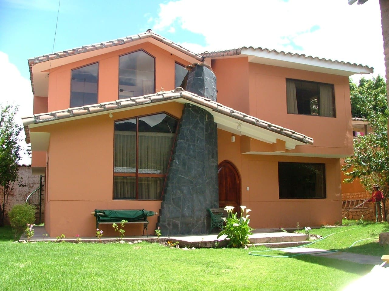 Urubamba Homestay House and garden