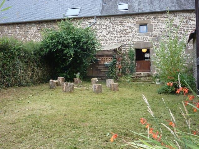 Maison à louer à la campagne - Poilley - บ้าน