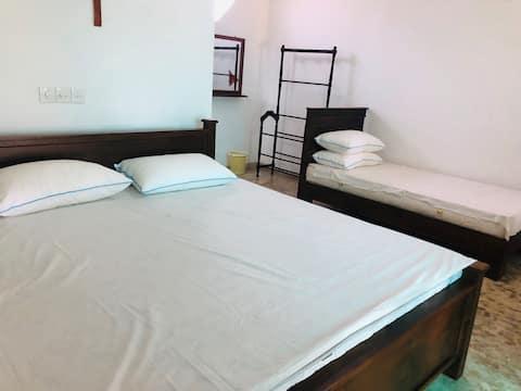 Delux Triple room in Beach Villa Owakanda