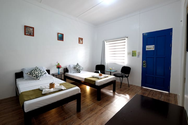 Pescadores Superior Room - Moalboal - Bed & Breakfast