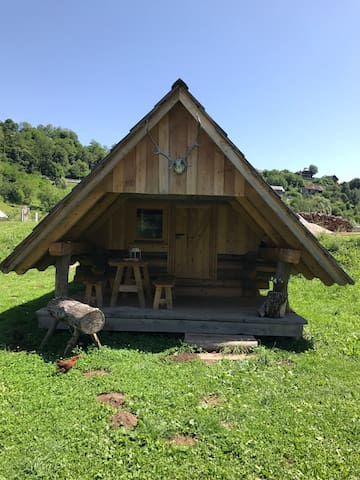 Wooden glamp cabin #2
