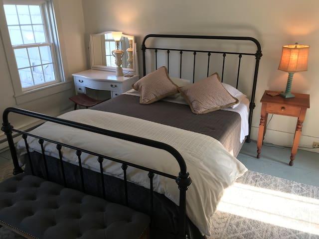 Cozy Catskill Room to Rent!