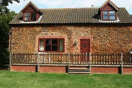 Matai Cottage, Heacham, North Norfolk - Heacham