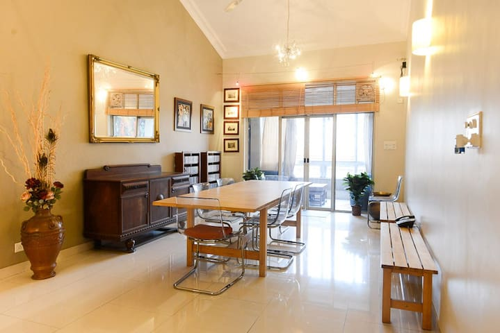 Large & luxurious penthouse in central Bangalore
