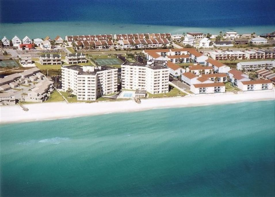 Located in Regency Towers directly on Pensacola Beach!