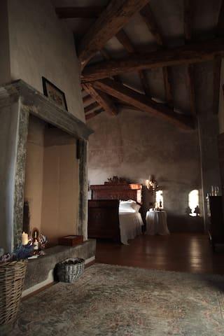 View   in    Romantic Suite