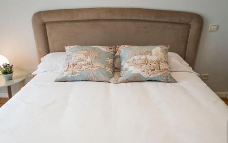 Alquiler larga duracion de piso en Carabanchel - Madrid - Appartement
