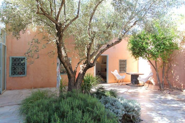 Jolie maison ds un village berbère  - MARRAKECH - House