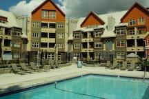 Large pool deck!