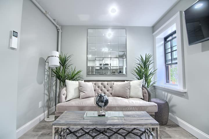 Stylish Apartment in Downtown Albany