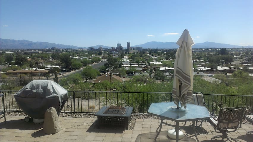 Economy with a View - Tucson - Apartment