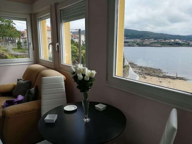 Precioso New apartamento encima d Calita Corcubion