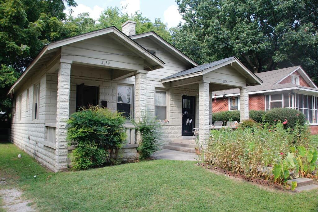 Charming New Cozy Safe Location Modern Graceland Houses For Rent In Memphis Tennessee United
