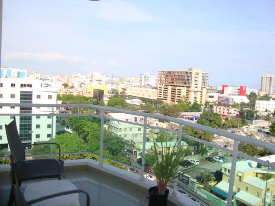 Balcony on 9th floor with Ocean View